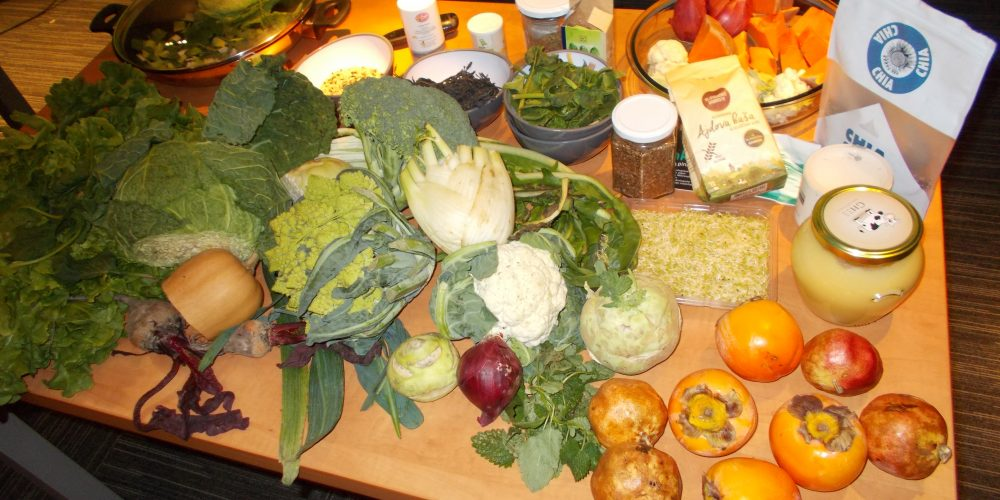 Estrogen detox živila za uravnavanje estrogena in progesterona v živo